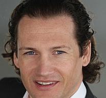 Английский врач-косметолог Майкл Прейгер (Michael Prager)